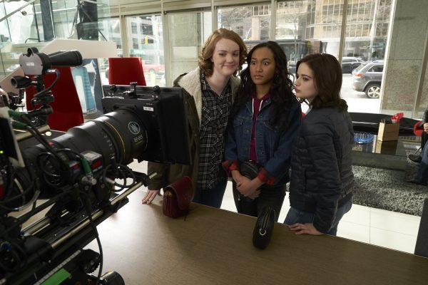 WU_05331(l-r.) Shannon Purser, Sydney Park and Joey King on the set of WISH UPON, a Broad Green Pictures release.Credit: Steve Wilkie / Broad Green Pictures